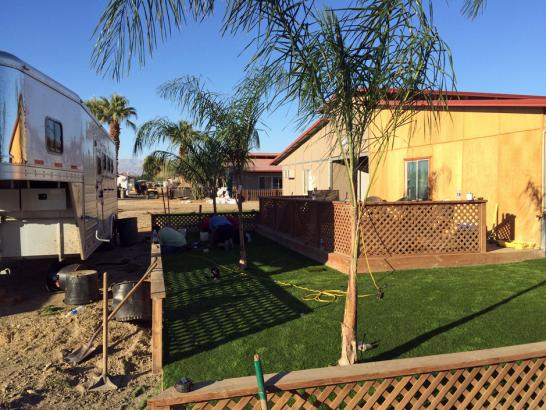 Artificial Grass La Coste, Texas Backyard Deck Ideas, Backyard Design artificial grass