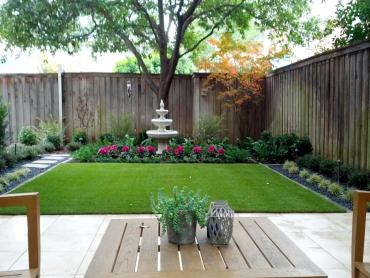 Fake Grass Seguin, Texas Gardeners, Backyard Landscaping Ideas artificial grass