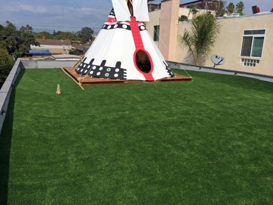 Artificial Grass Photos: Fake Lawn Converse, Texas Lawns, Deck