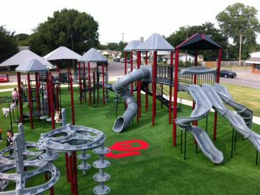 Artificial Grass Photos: Synthetic Turf Supplier Tilden, Texas Indoor Playground, Parks
